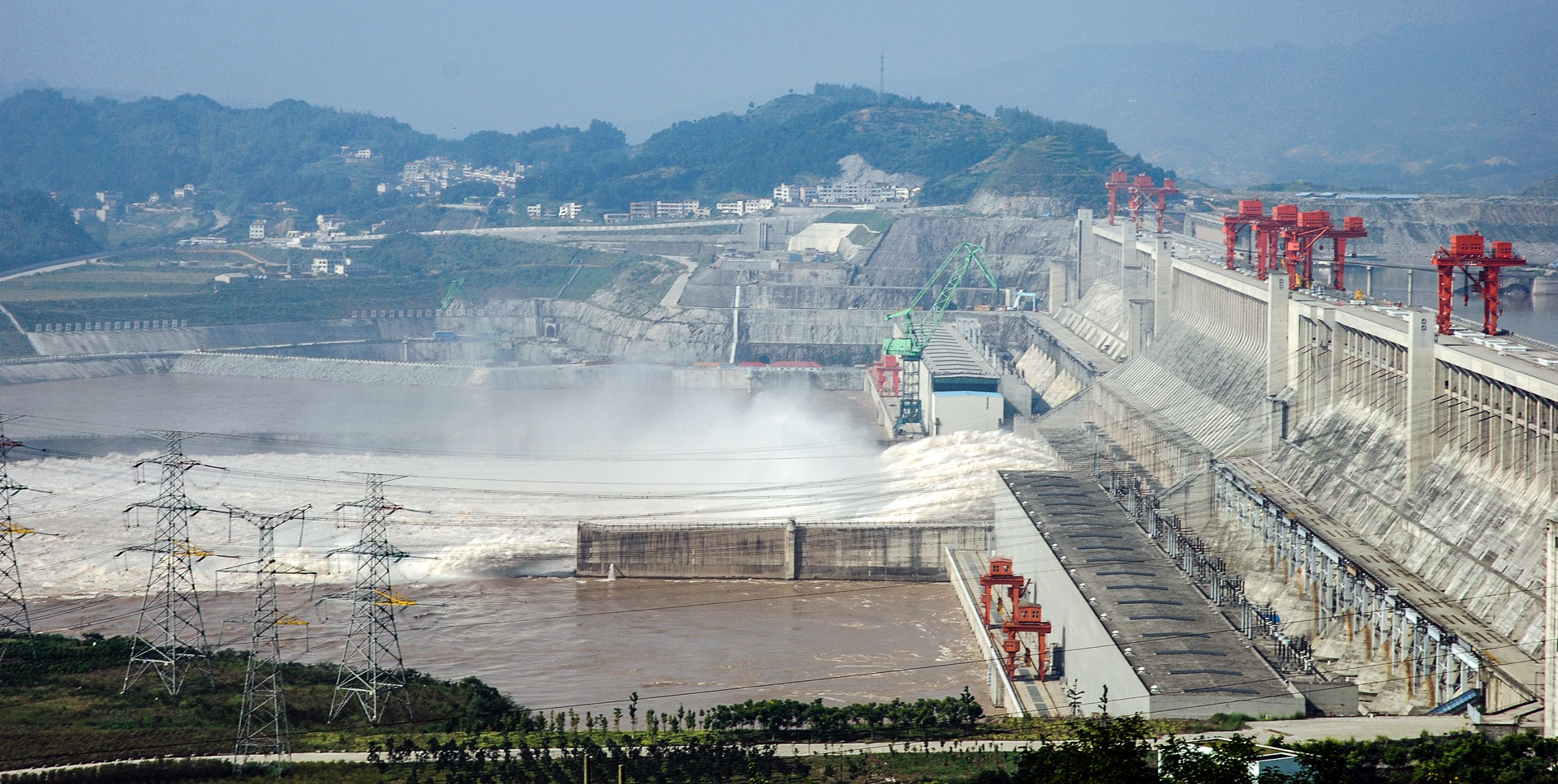 three gorges dam In ten years china has built the biggest ever hydroelectric dam and started an even more elaborate and expensive scheme to divert freshwater across 1,000 miles on these two controversial projects -- worth together over $100 billion -- china's future depends.
