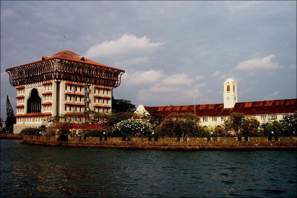 Study Overseas in Kochi Ernakulam - Grotal.com