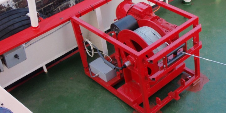 Highspeed Winch for sensors